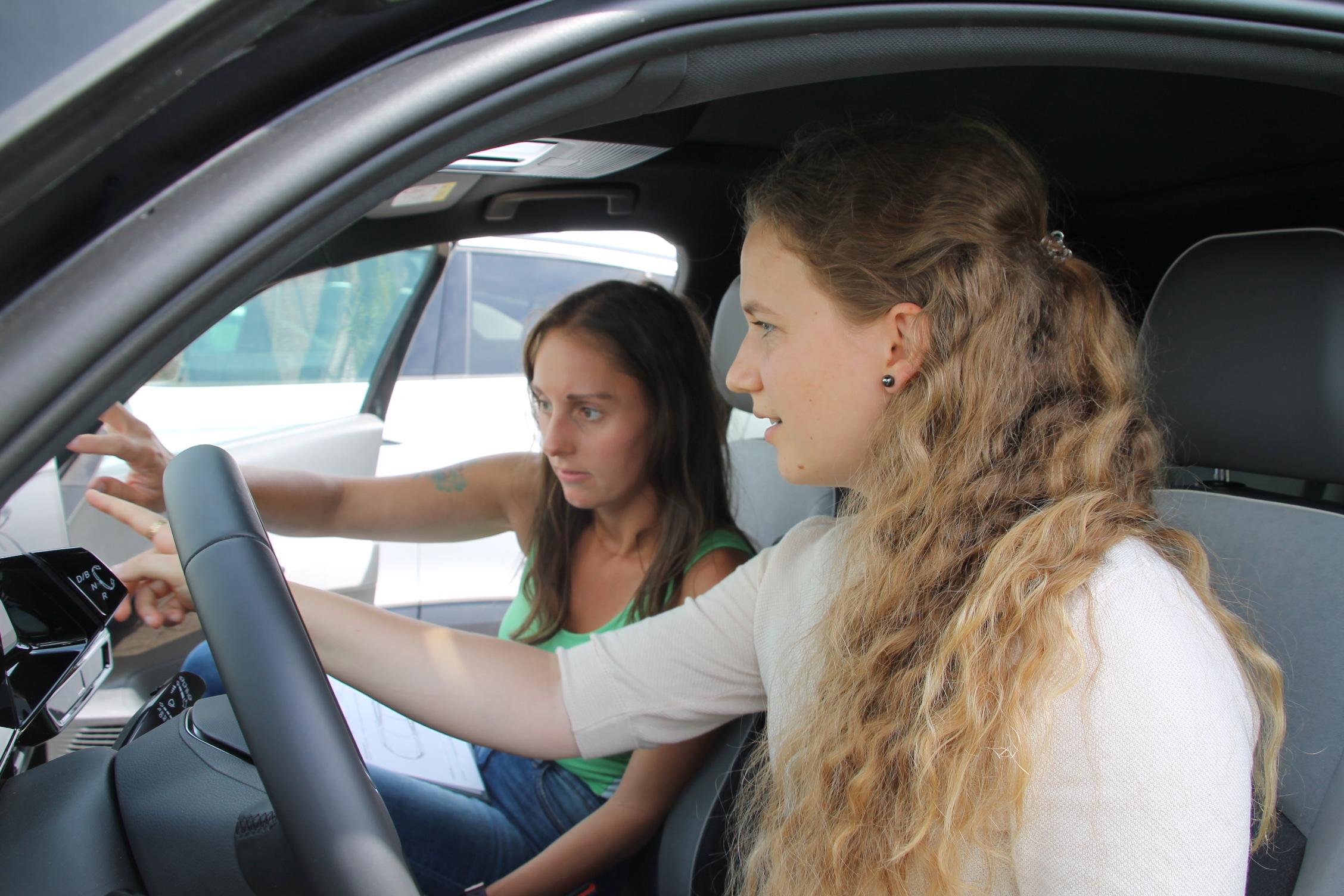 Sara Haug setzt auf E-Carsharing